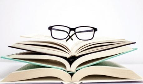 10 Tips to Rock Your New Semester (From Someone Who Knows) featured image books glasses