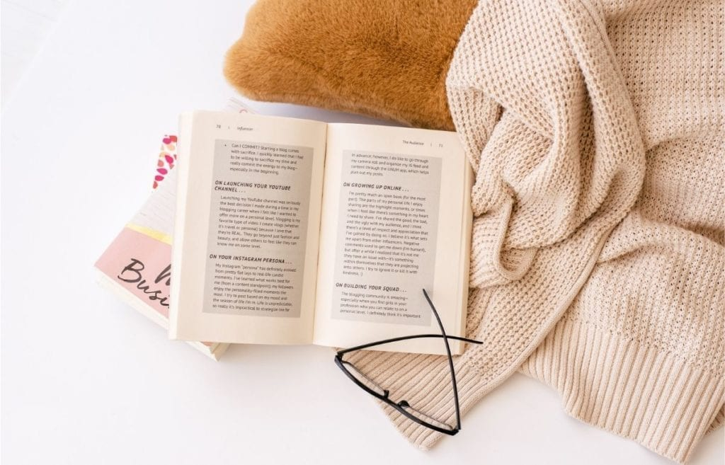 book-and-blanket